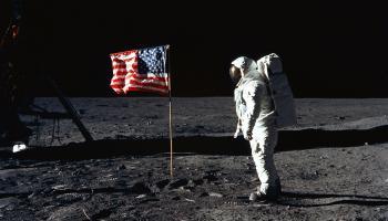 Il primo sbarco sulla Luna è vero o falso? Tutte le prove del complotto