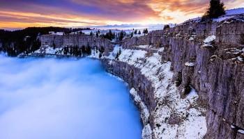 Creux du Van: un anfiteatro roccioso nel cuore della Svizzera