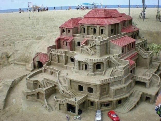 Palazzo di sabbia con particolari