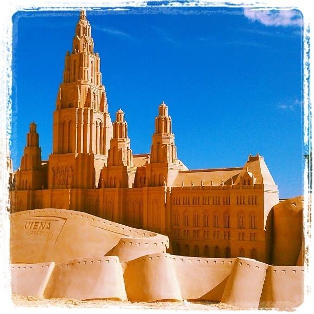 Castello di sabbia su instagram