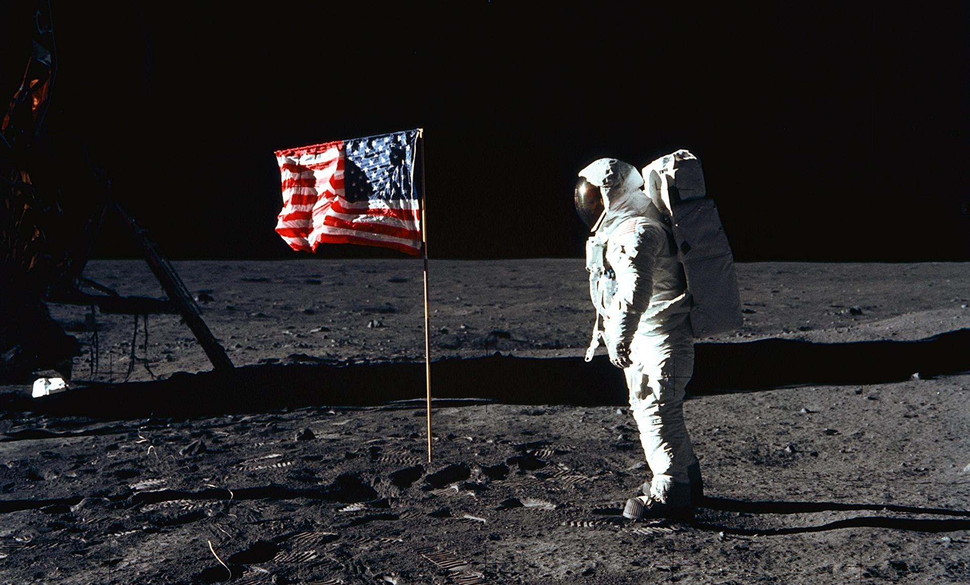 lo sbarco sulla luna è vero o falso? guarda il documentario