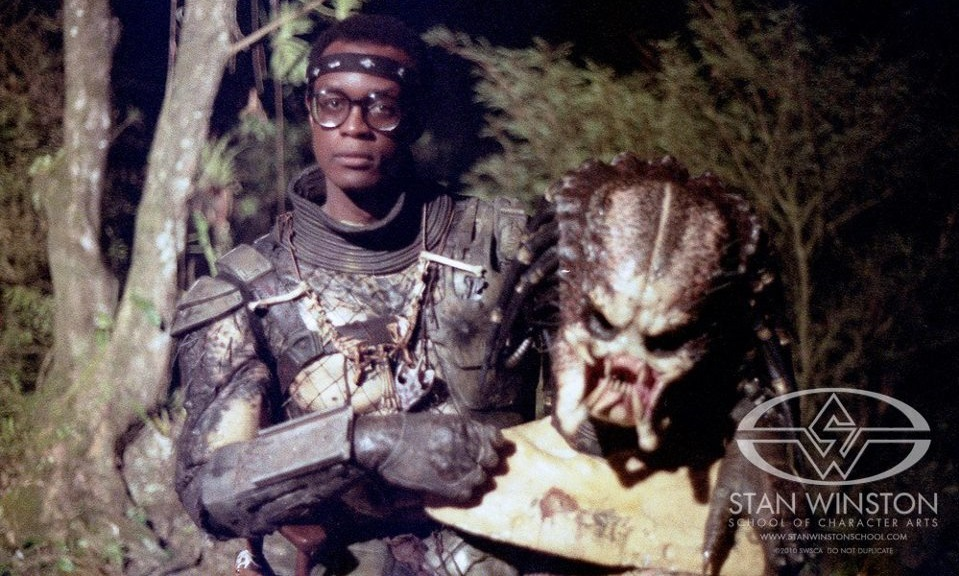 Kevin Peter Hall dentro Predator