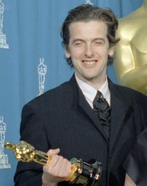 Peter Capaldi con il premio Oscar