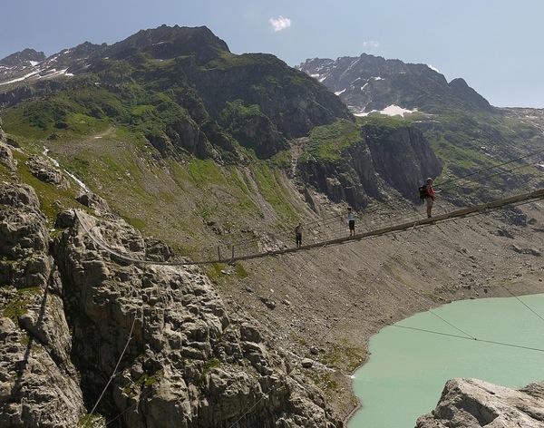 Passaggio sul Lago Trift