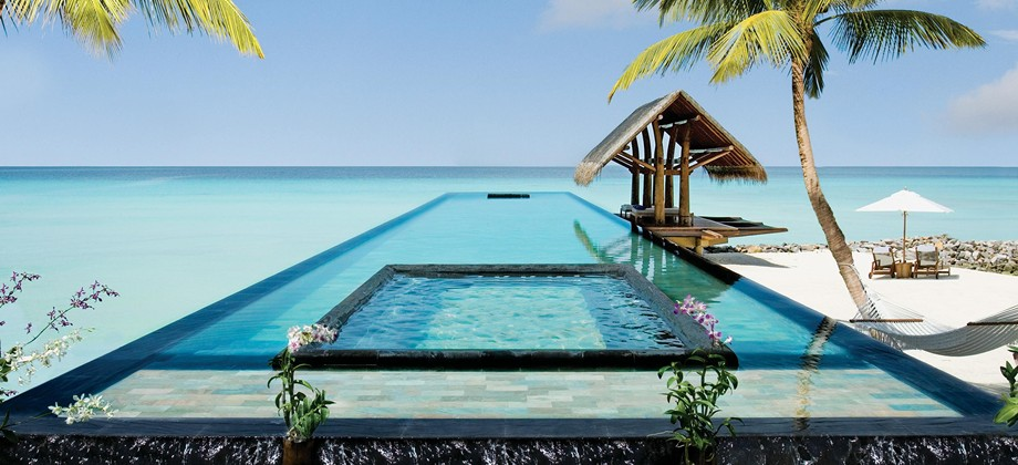 Piscina di One and Only Reethi Rah